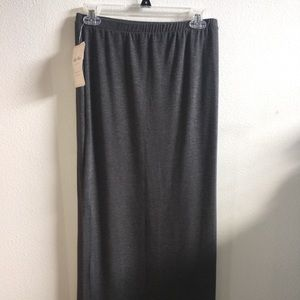 Long gray skirt